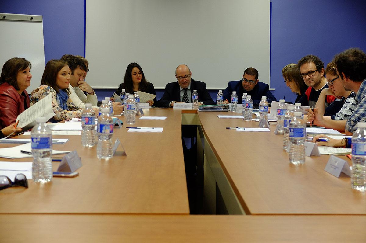 (Valencià) reunión grupo de trabajo